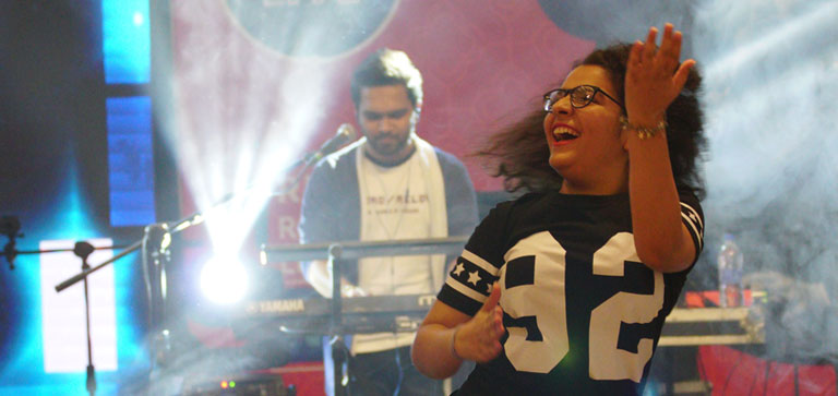 Forum Rocks Live with Nakash Aziz