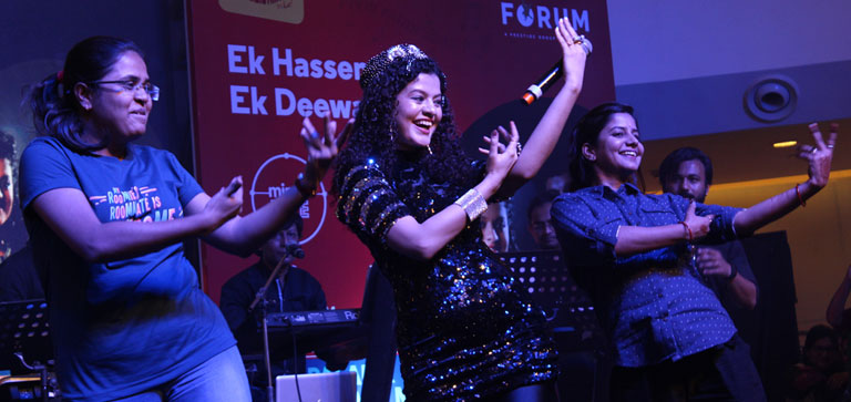 Forum Rocks Live with Palak and Palash Muchhal